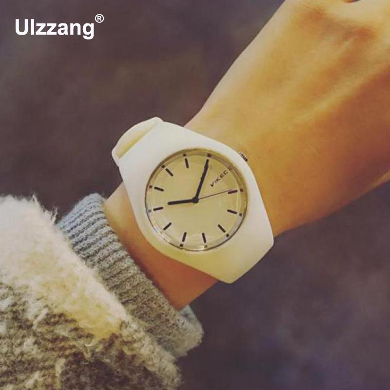 Cute Fashion White Mint Green Soft Rubber Silicone Jelly Quartz Wrist Watch Wristwatches for Women Girls Students