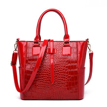 Luxury Brand Bag 2019 Fashion Women Handbag Vintage Embossed Crocodile Bag Shoulder Bags Women Leather Large Tote Sac A Main new 2016 embossed leather boston women handbag fashion casual women bag ladies bag simple shoulder pillow bag bolsos sac a main