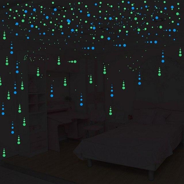 bf9e7e04f 400 pçs lote Luminosa Rodada Dots Interruptor Adesivo de Parede Decoração  Da Casa Brilham no