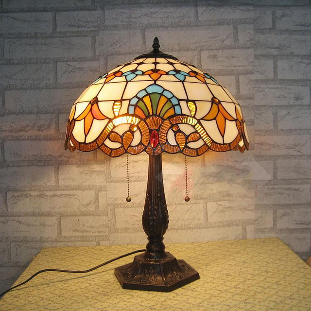 2017 New Indoor Lighting Switch Button Led Table Lamp 110V ~ 240V Living Room Study Bedroom E27 5W European Retro Table Lamp