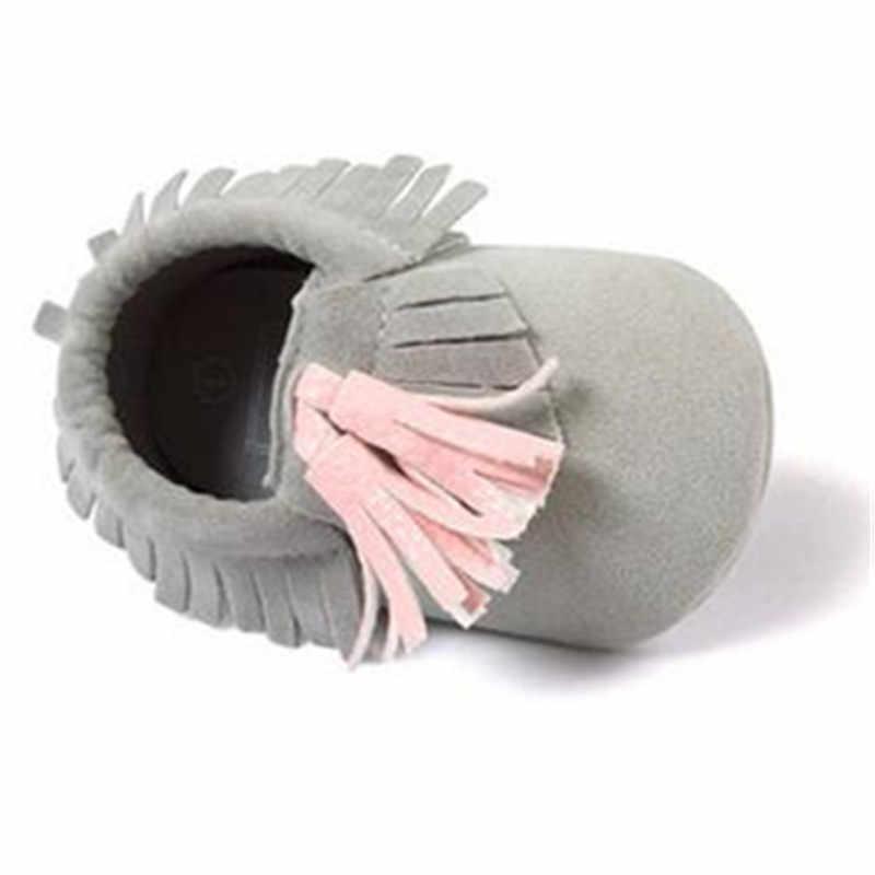 Romirus/Новое поступление; Мокасины младенческие из искусственной замши для новорожденных; нескользящая обувь для детей; обувь с мягкой подошвой для малышей с кисточками