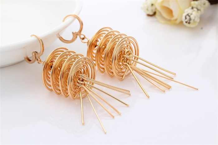 Золото Цвет layereds вихревой кисточкой Длинные висячие серьги Ожерелья и подвески большой Макси заявление Дубай Ювелирные наборы Jewellery Для женщин