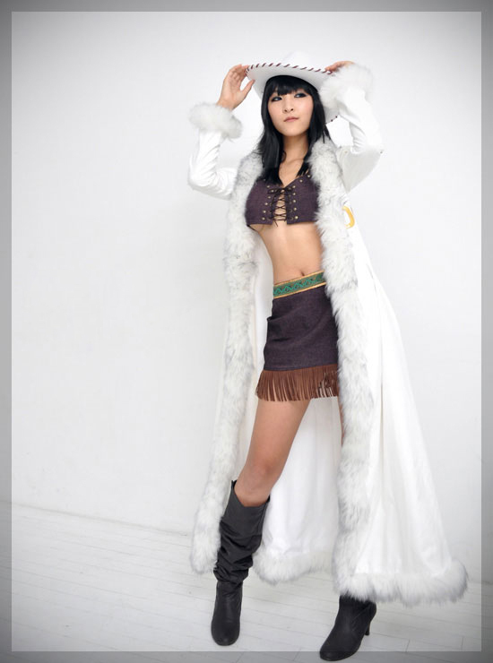 Free Shipping One Piece Nico.Robin Two Years ago Anime Cosplay Costume