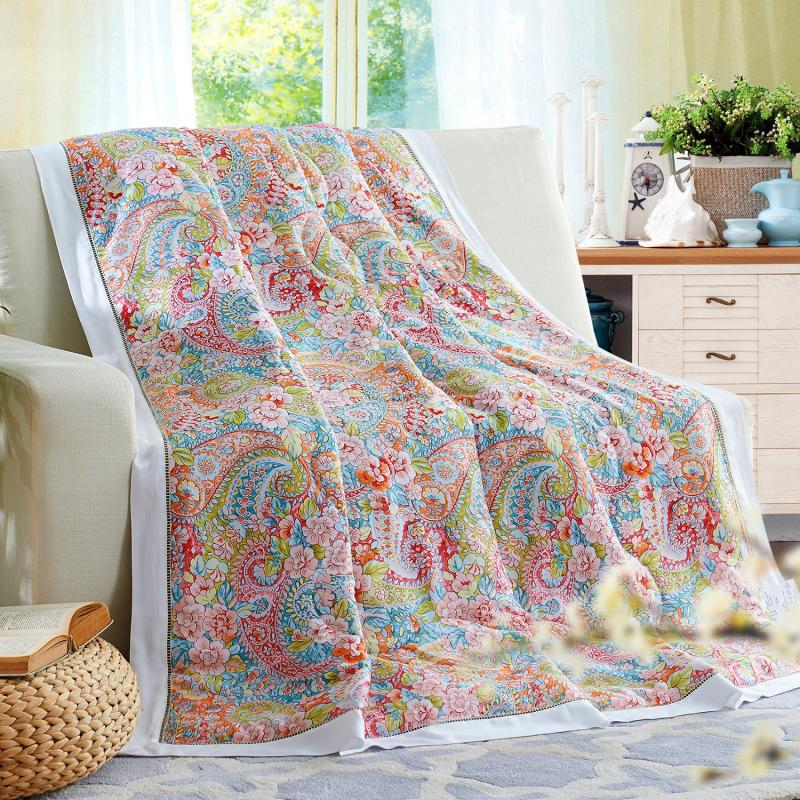 European style elegant Quilts high quality winter duvet 1pc bed cover model fiber Bedspread patchwork Luxurious bed comforterEuropean style elegant Quilts high quality winter duvet 1pc bed cover model fiber Bedspread patchwork Luxurious bed comforter