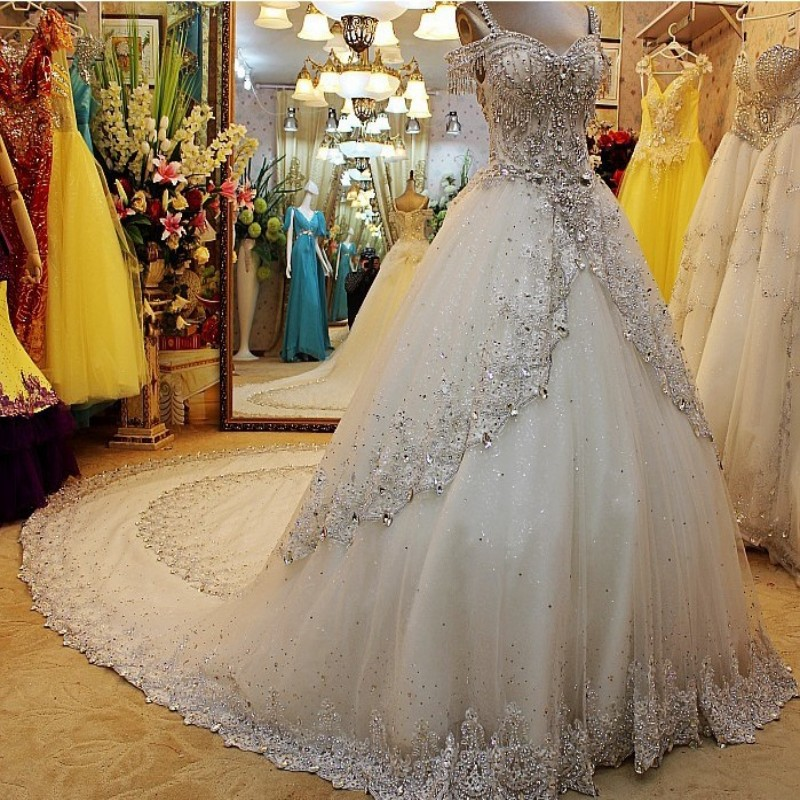 Romantic White Wedding Dress VERNASSA Princess Bride Dress ...