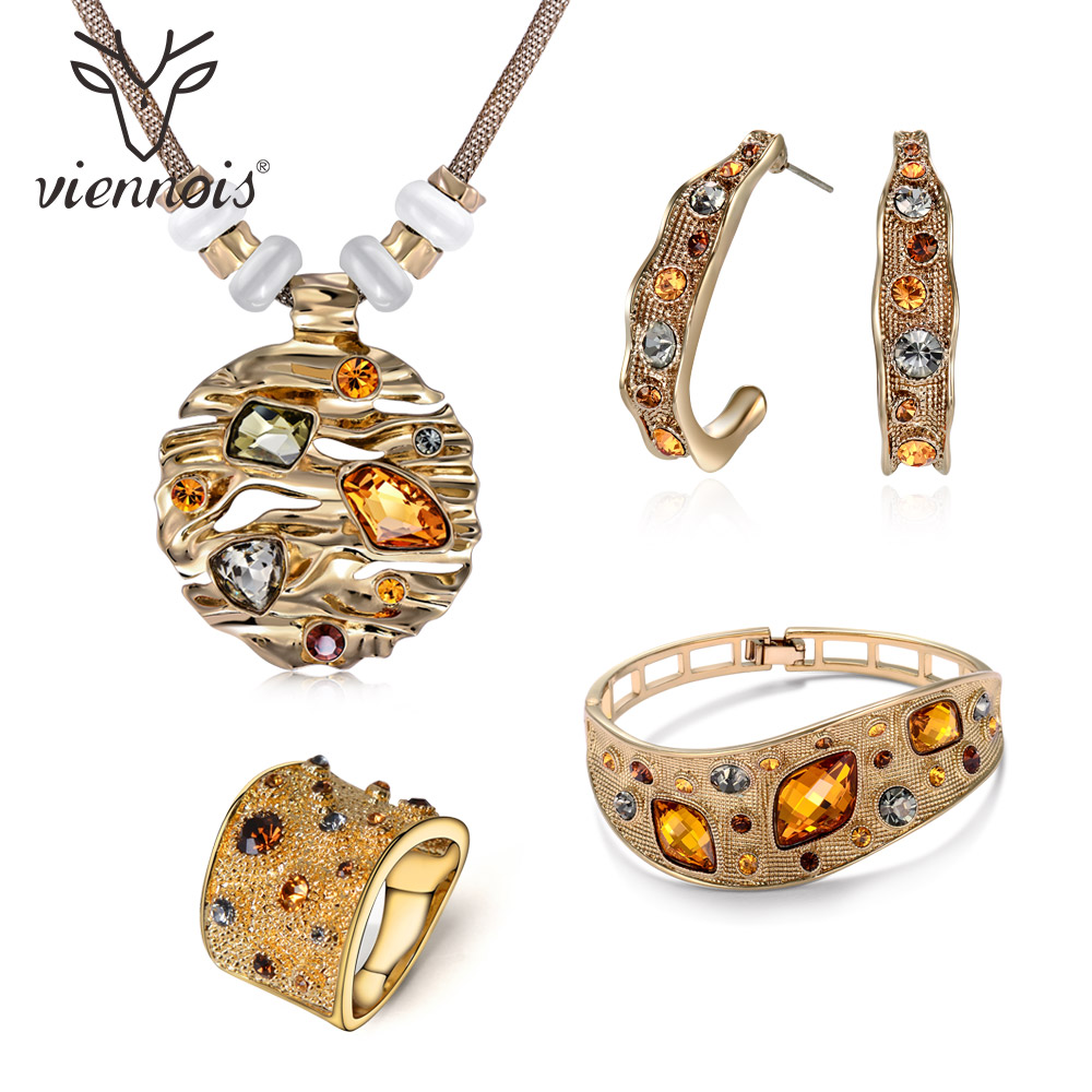 Viennois Coffee Gold Color Colorful Crystals Pendants Necklace Earring Ring Bracelet Jewelry Sets for Women Luxury Party Jewelry viennois new blue crystal fashion rhinestone pendant earrings ring bracelet and long necklace sets for women jewelry sets