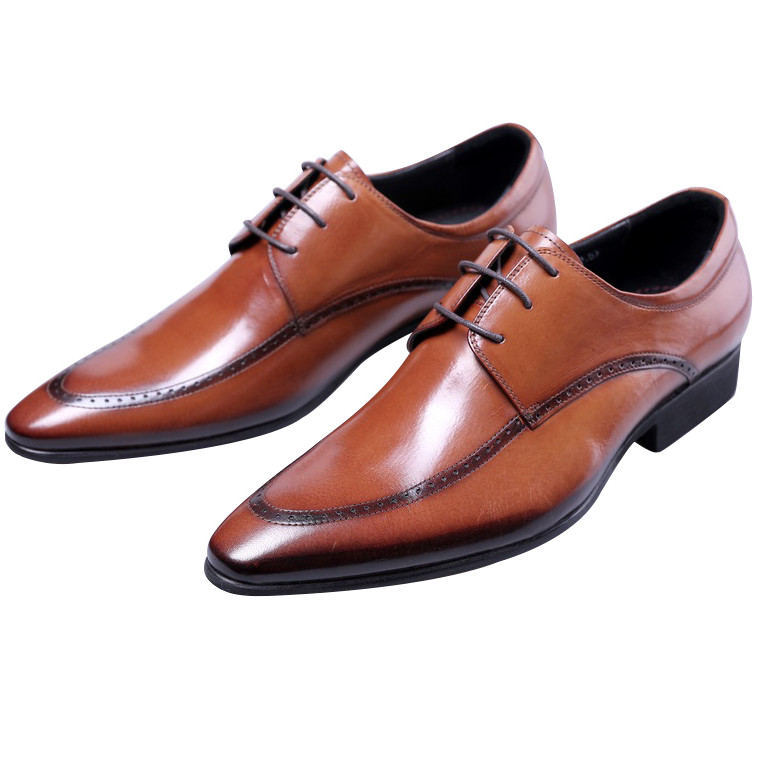 2018 NEW Brown / black pointed toe business shoes mens dress shoes genuine leather derby shoes mens wedding shoes classic men s genuine leather shoes cowhide leather pig inner pointed toe derby dress wedding business shoes 2018 fashion
