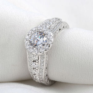 Image 2 - Newshe Halo חתונת אירוסין טבעת 1.8 Ct עגול לחתוך AAA CZ מוצק 925 כסף סטרלינג תכשיטים קלאסיים לנשים JR4232