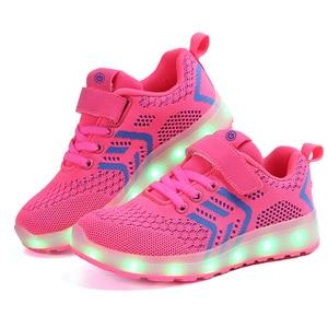 Image 2 - サイズ25 37 usb充電器グローイングスニーカーled子供照明靴発光スニーカー少年少女のためのイルミネーション点灯靴