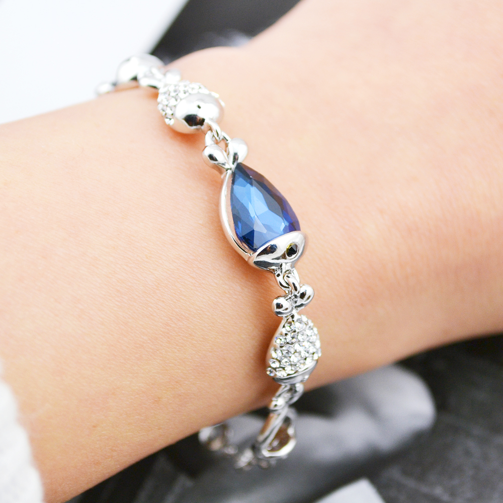 2017 New European Fashion Crystal Blue Gem Bracelets Fish Style Silver Bangles Gift For the Gril W219