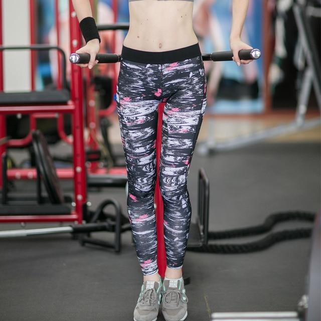Women Black & White Print Yoga Pants / Leggings / Tights
