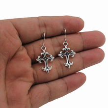 2017 New Fashion Women's Jewelry Vintage Silver Tone Small Cross 0.8″X0.6″ Dangle Earring For Girl Lady Free Shipping 1118