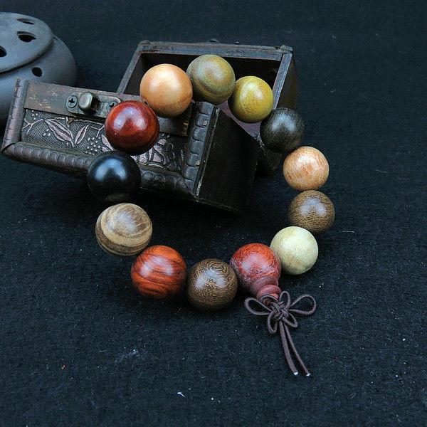 18 mm de várias contas de oração sândalo pulseira