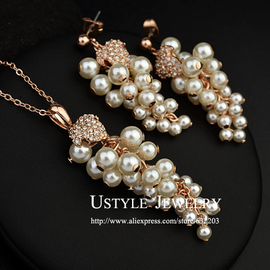 USTYLE Top Quality Grape Noble Pearl Jewelry Earrings and Necklace Set