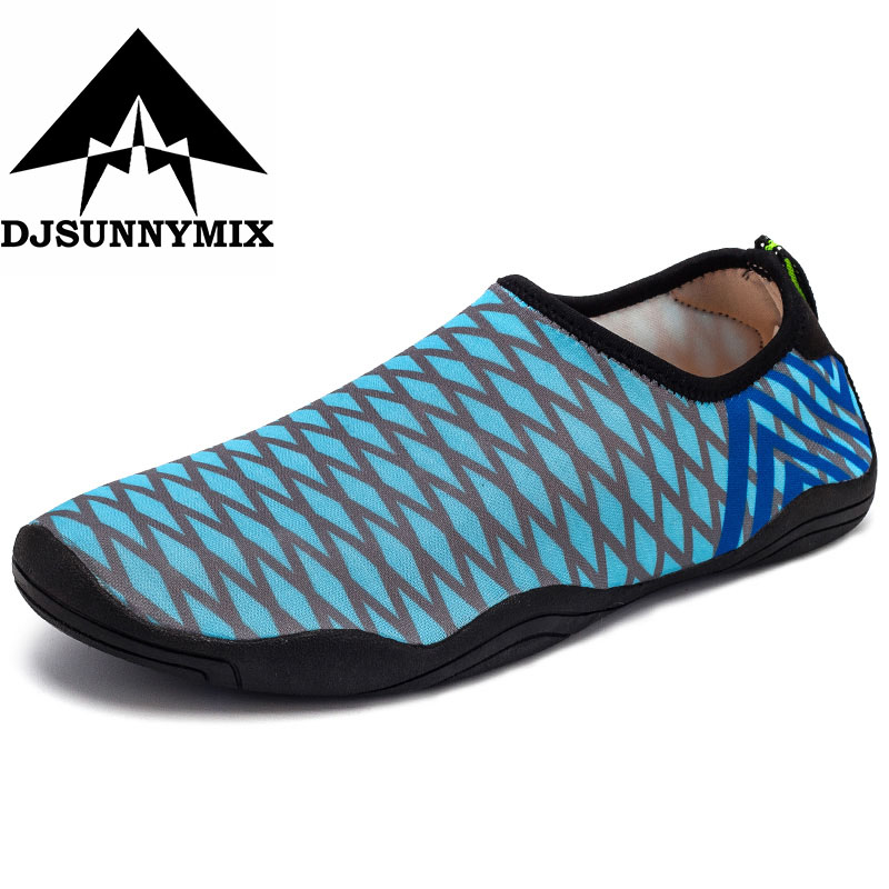e27a55e93b9c DJSUNNYMIX Childrens Beach Shoes Outdoor Swimming Water Shoes Anti-Slip  Quick Dry Aqua Shoes Kids Boy Girl Walking Yoga Sneakers