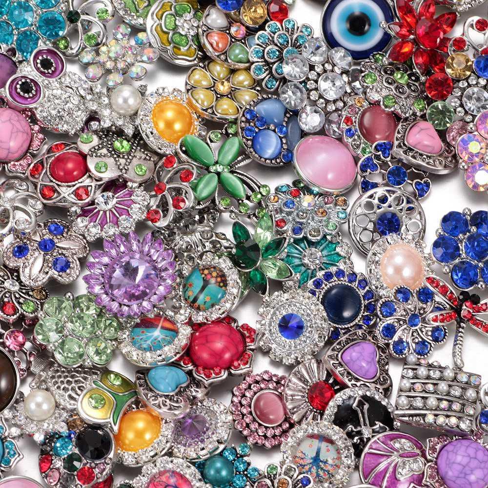 """2017 סיטונאי 50 יח'\חבילה המעורבת מדהימה יהלומים מלאכותיים/אופל/אבן טבעית תכשיטי כפתור הצמד כפתורי מתכת 18 מ""""מ עבור תכשיטי מצליפה"""