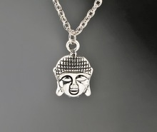 цена на Buddha Head Necklaces Vintage Alloy Jewelry Antique Silver Pendant Necklace Charms Christmas Gift New 1PCS