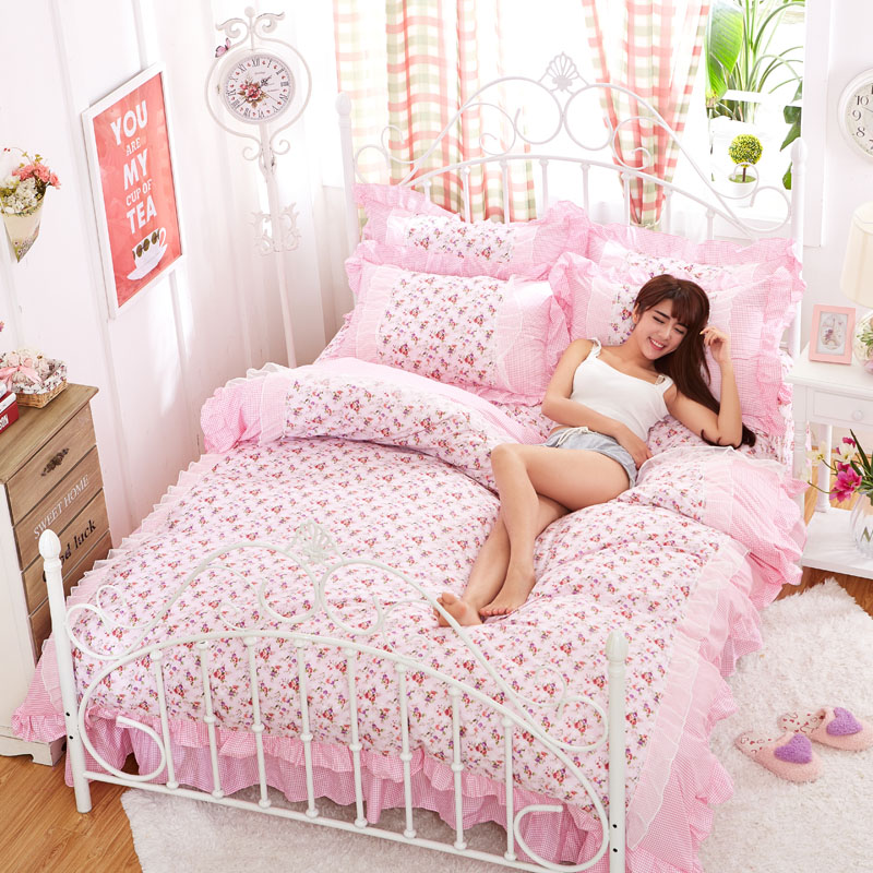 Luxury White Lace Princess bedding sets Duvet Cover Set 4pcs pink Flower Ruffles full queen size Bedspread Bed sheet Bedclothes