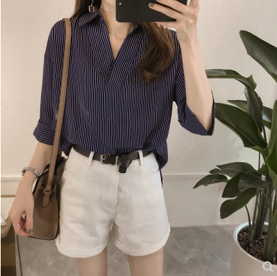 New 2018 Spring Summer Casual Striped Women Blouses Shirts Sexy Fashion Loose V-Neck Shirt Female Tops Clothing Blusas 0643 40