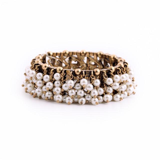 O envio gratuito de moda Europeus e Americanos multilayer pearl pendant individualidade feminina catenária mão restaurar antigas formas