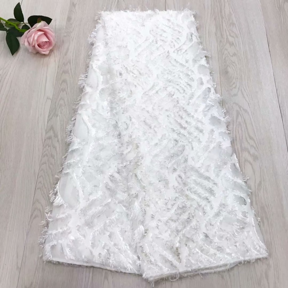 White Color High Quality African Lace Fabric 2018 French 3D Appliqued Net Lace Fabric Embroidered Tulle Mesh Lace for WeddingWhite Color High Quality African Lace Fabric 2018 French 3D Appliqued Net Lace Fabric Embroidered Tulle Mesh Lace for Wedding