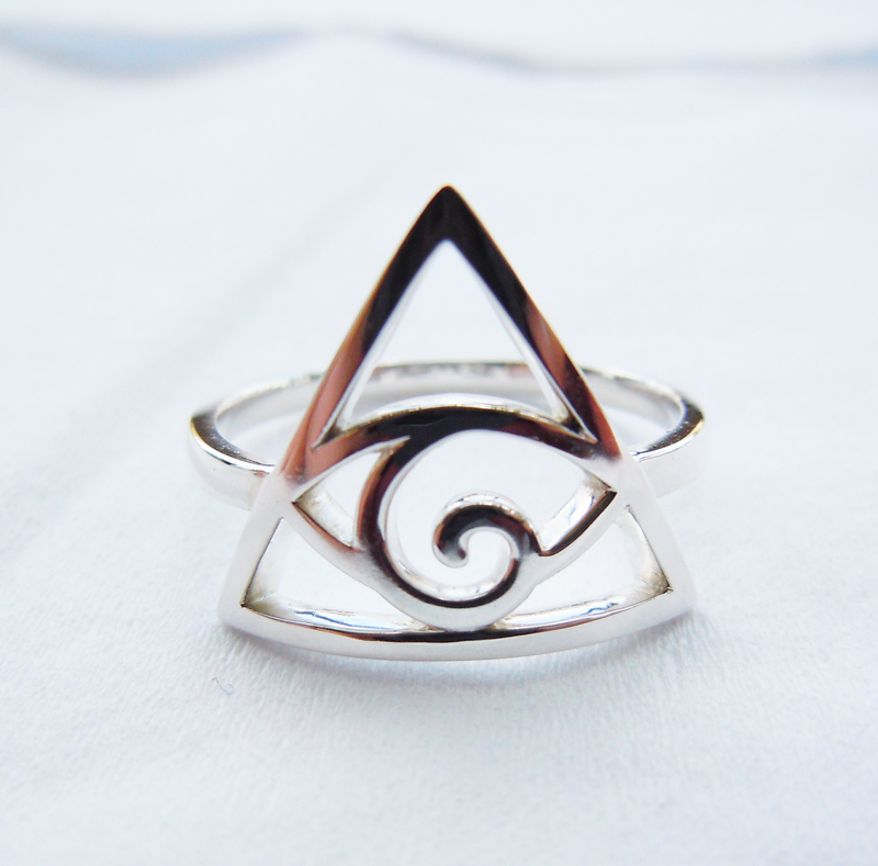 Wellmade Solid 925Sterling Silver ILLUMINATI Ring цена