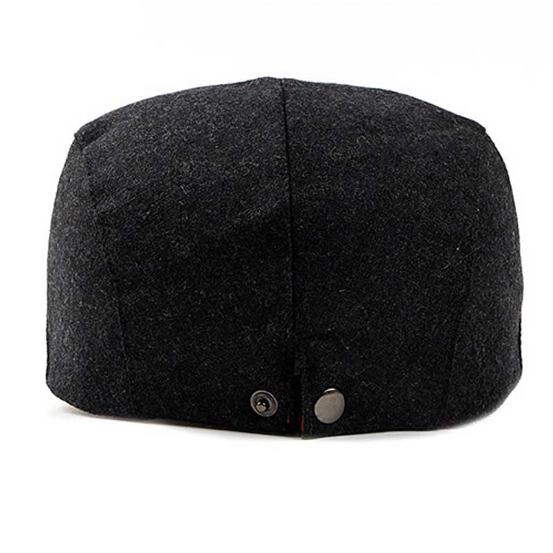 FS Felt Beret Hat For Women Or Men Autumn Winter 2018 New Stylish Black  Berets Flat Cap Vintage Solid Color Casquette Visor-in Berets from Apparel  ... ad2bdf1fbabd