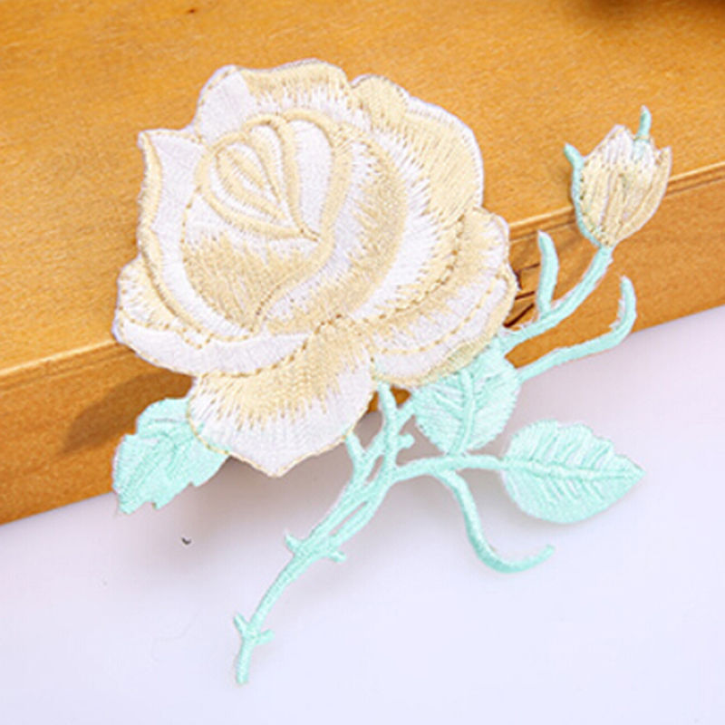 sew-on lace motif//applique//patch//craft//card making Dahlia Flowers