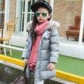 80% de pato blanco abajo de la capa 2016 Nuevos Niños del invierno outwear casual al aire libre niñas/niños invierno largo llano puro del color abajo chaqueta