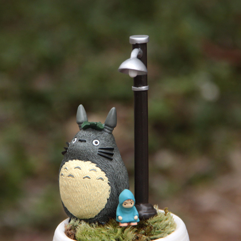 3pcs/lot My Neighbor Totoro Mei/May Street Lamp PVC Action Figures Classic Model Toys Doll Micro Landscape for Garden Ornaments