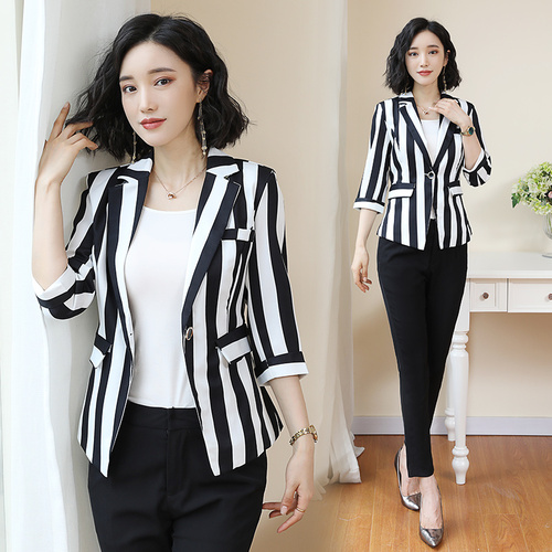 2019 Summer Women's   Slim Suit Jacket Korean Version Temperament Leisure Stripes Office Lady Fashionable Woman Blazer Oversize