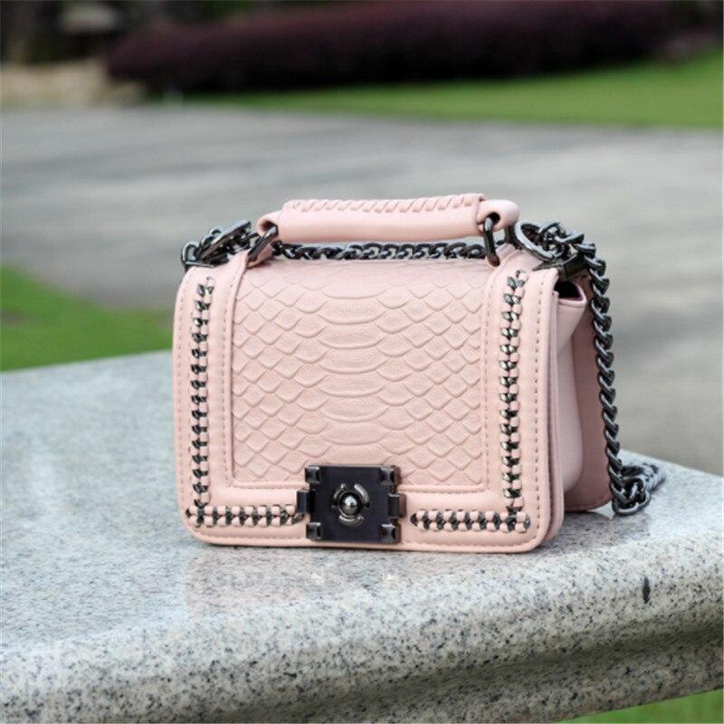 B0135 Leather serpentine Messenger bag 2018 new Korean version of the shoulder bag shoulder bag цены
