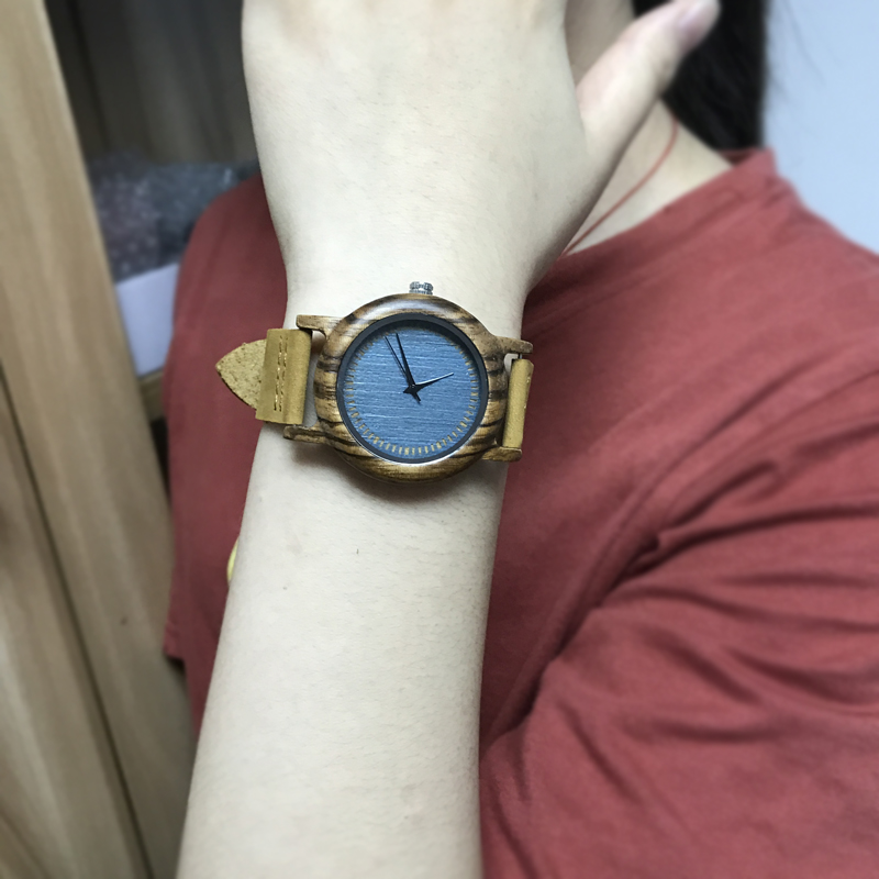 wood watch woman9