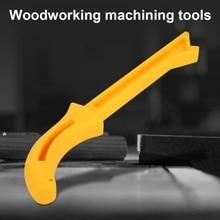 цена 1 Pcs Yellow Wood Saw Push Stick For Carpentry Table Working Blade Router Woodworking Machine Tools Table Saw Push Stick онлайн в 2017 году