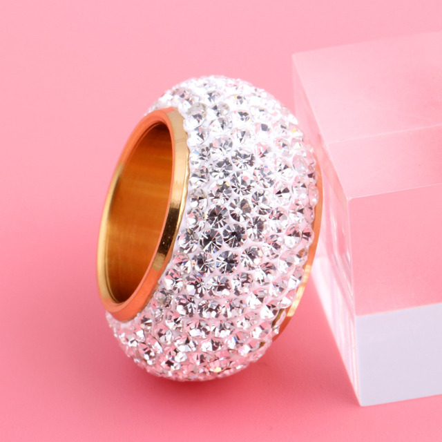 Wholesale shining full rhinestone finger rings for woman luxurious paragraph fashion new gold plated