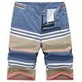 Por tiempo limitado Sashes Mediados 2016 Diseño de Marca Pantalones Ocasionales de Los Hombres Masculinos Deportivos Pantalones Cortos de Playa de Algodón Especial de Navidad