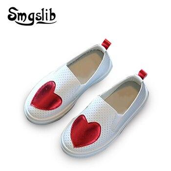 Crianças meninas vestido sapatos oco para fora meninas princesa sapatos amor coração crianças tênis macio muito confortável crianças sapatos de desporto