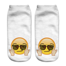2016 Harajuku 3D Socks With Print Emoji Funny Calzini Meias Socks For Women White Yellow Comfortable Hosiery Calcetiness Mujer