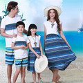 Auténtico vestidos madre hija patrón de onda de la familia a juego ropa del verano del algodón camiseta Family Look Beach Wear 2016 AA1273