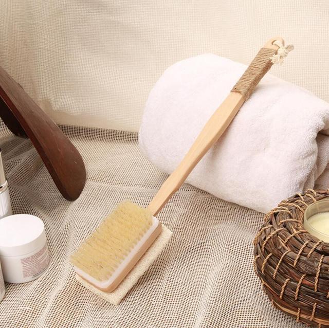 Double Sides Fashion Natural Wooden Brush Bathroom Accessories Loofah Bristle Long Handle Bath Sponge