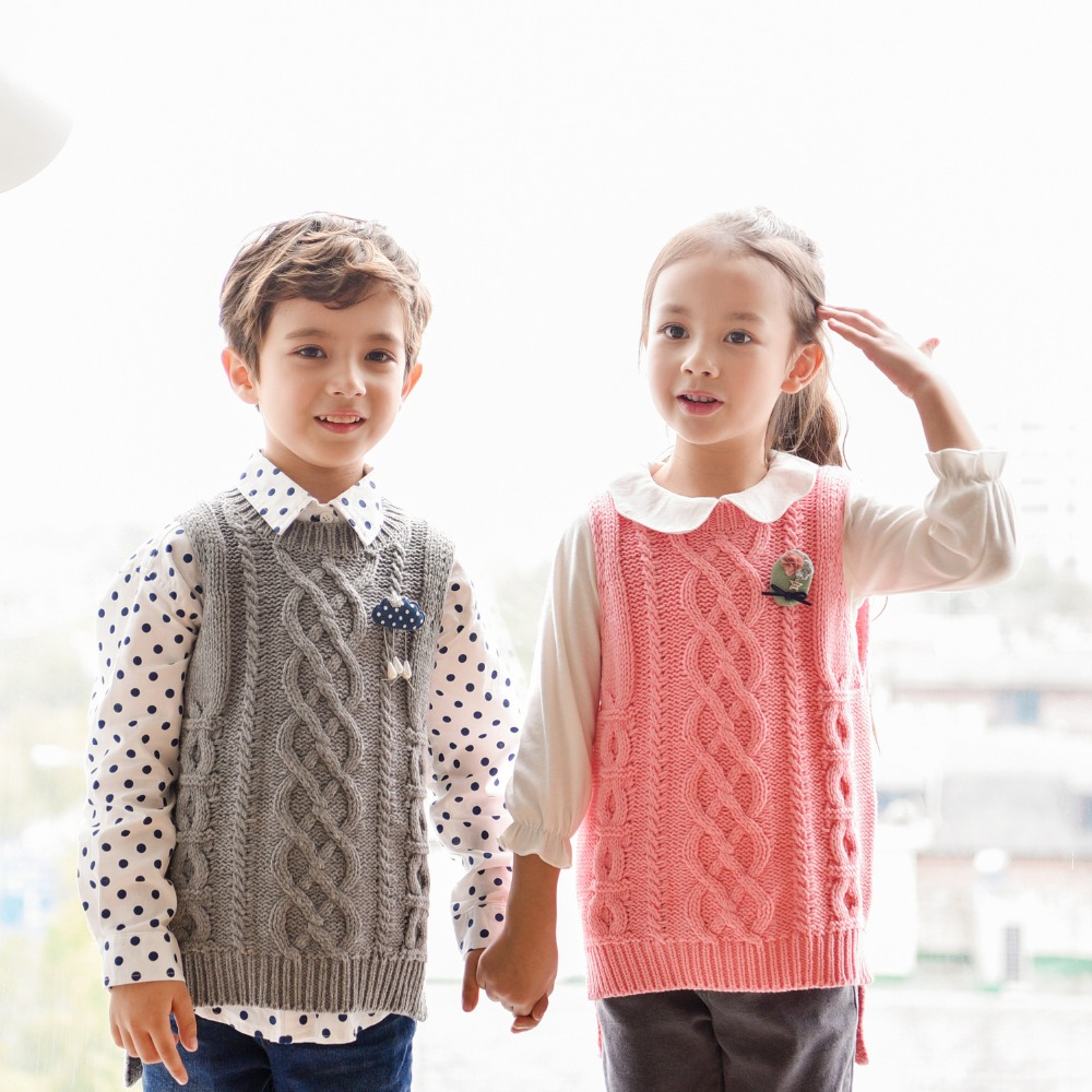 784e67f939c1 Korean Children's Autumn and Winter Cotton Thread Knitted Pullovers Family  Matching Outfits Sweaters Vest Mom Boys Girls Clothes-in Matching Family  Outfits ...