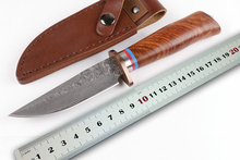 Survival Damascus Blade Fixed Knife Red Sandal Wood Handle Hunting Tactical Knife EDC Camping Tools High Quality Leather Sheath