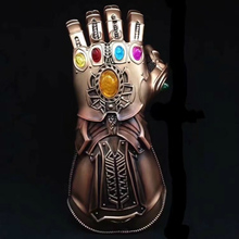 2018 Thanos Infinity Gauntlet Action Figures PVC Avengers War Gloves Cosplay Super Hero Glove Halloween