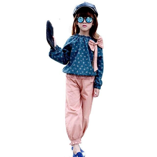 2016 Autumn Winter Style Baby Bow Christmas Lace 2pcs/set Kids Cotton School Tracksuit Uniform Sport Suit Girls Clothing Sets
