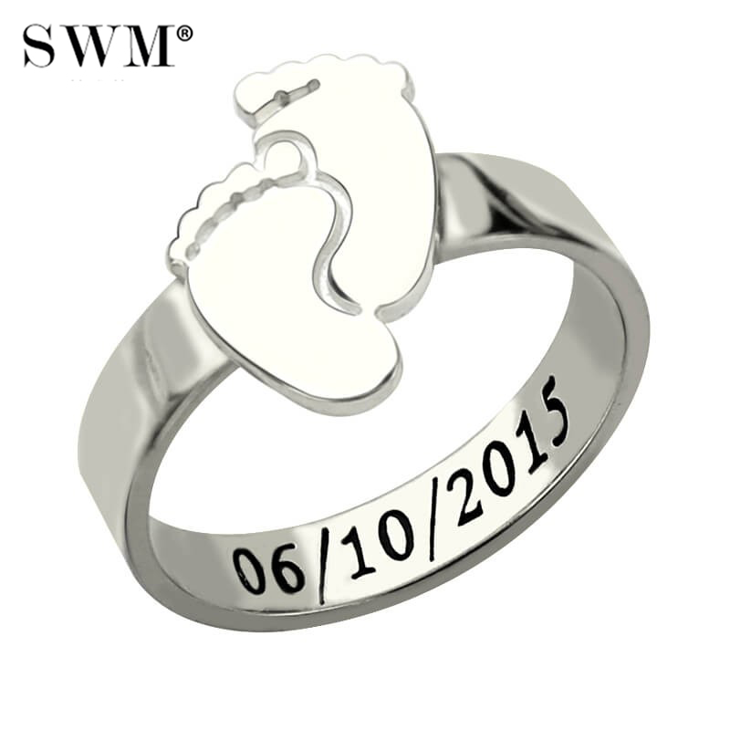 Cute Costume Letter Engraved Ring Female Custom Name Date Baby Feet Rings 925 Sterling Silver Jewelery For New Mom Anelli Donna