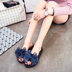 Новая женская обувь на толстой подошве с бантом-бабочкой, летние Нескользящие пляжные шлепанцы