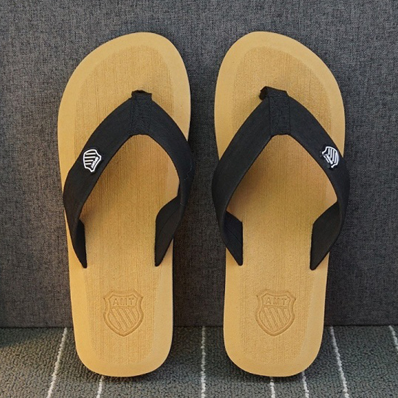 JYRhenium 2019 New Summer Men Beach Sandals Beach Slippers for Men Flip Flops High Quality Zapatos Hombre Beach Shoes Wholesale