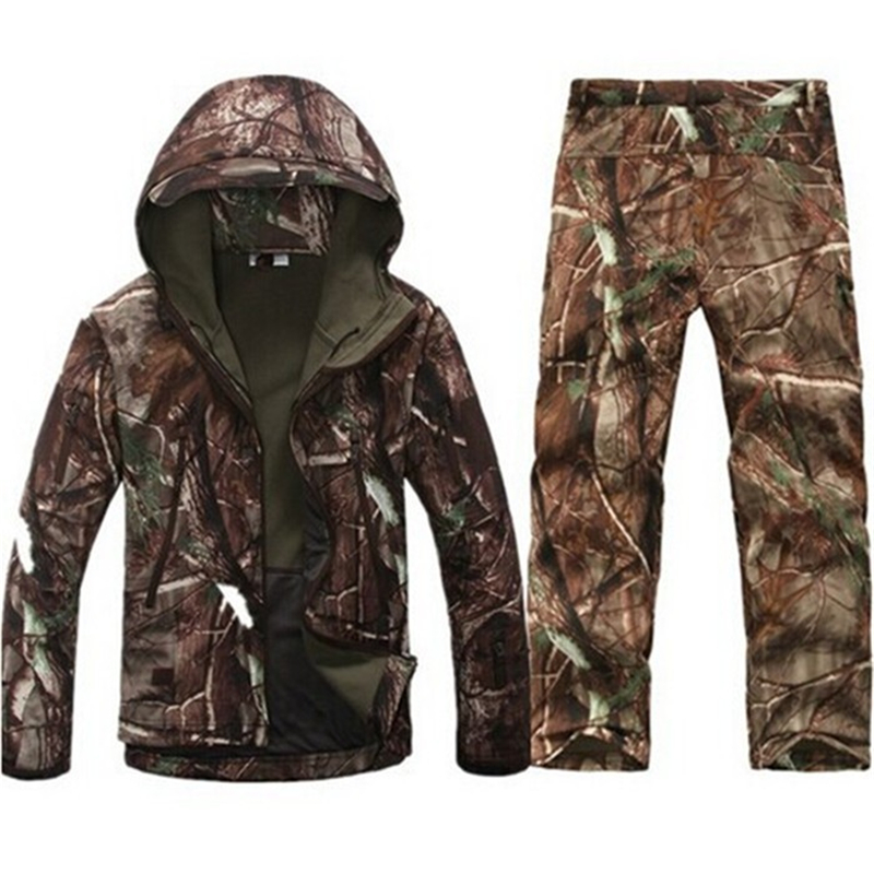 Tactical Softshell Jacket Set Men Waterproof Windbreaker Fleece Coats Camouflage Shark Skin Military Jackets+Pants Clothing Suit