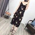2017 moda vestidos florais impressão rendas mulheres sexy vestidos sem mangas ocasional do vintage v neck spaghetti strap magro summer dress