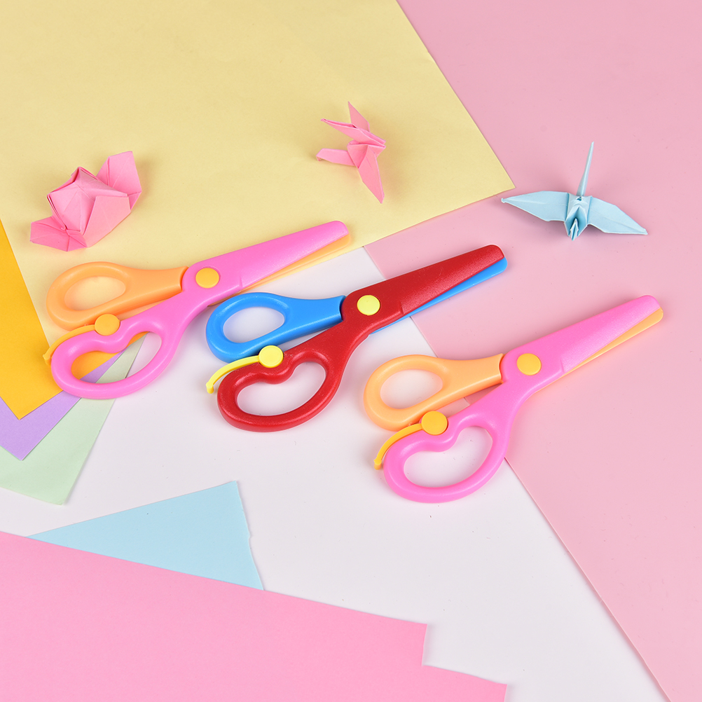 137mm Mini Safety Round Head Plastic Scissors Student Kids Paper Cutting Minions Supplies For Kindergarten School Random Color
